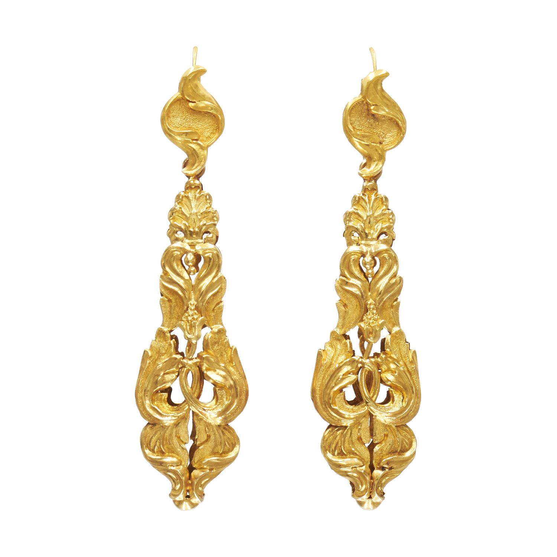 Antique 18K Yellow Gold Foliate Motif Repoussé Pendant Earrings Style E-40099-FL-0-0