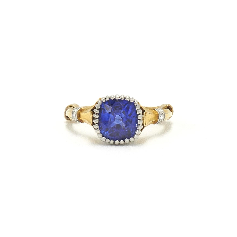 18K Yellow Gold Cushion Sapphire Ring Style F-38493-FL-0-0