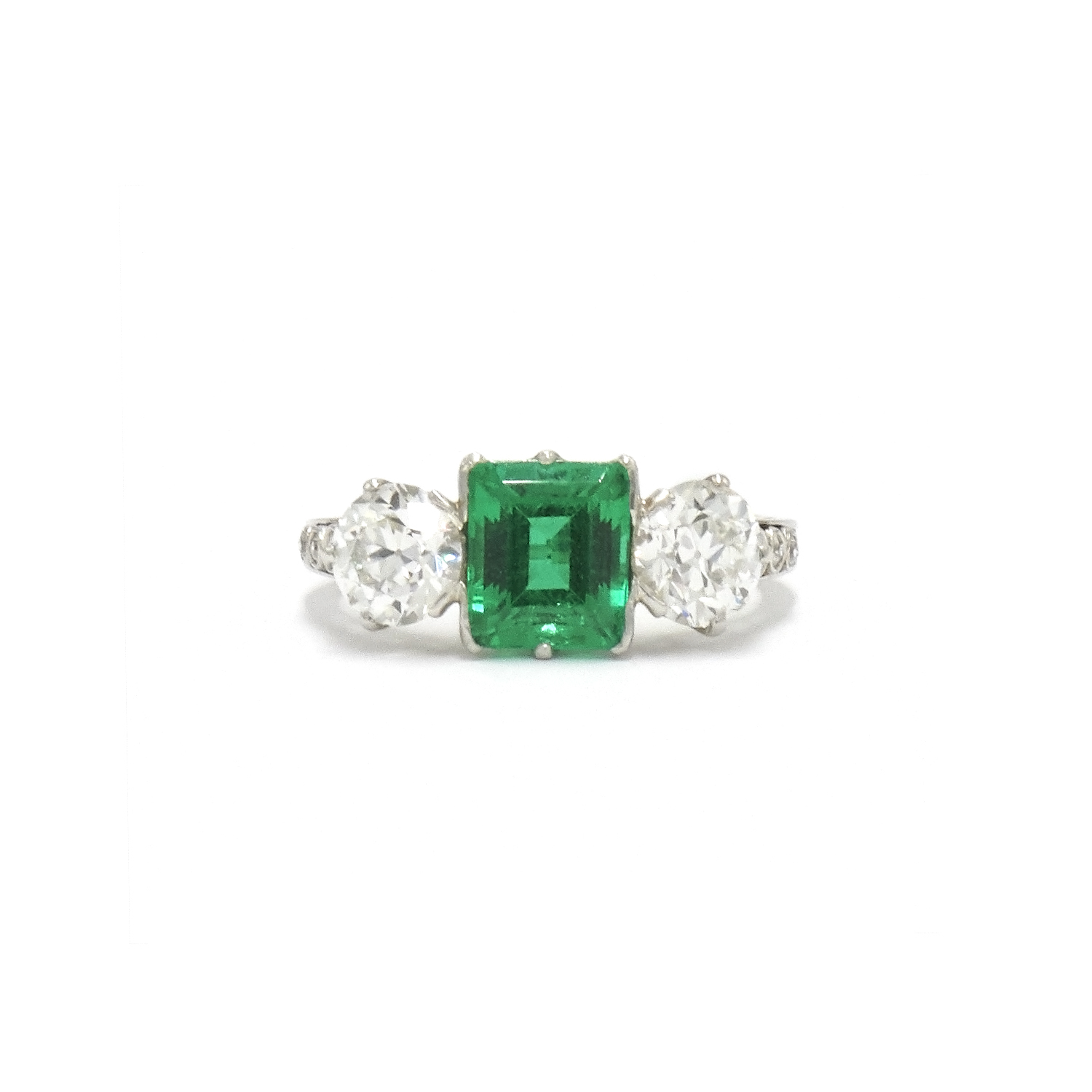 Art Deco Colombian Emerald and Diamond Ring by Tiffany & Co. Style F-38978-FL-0-0