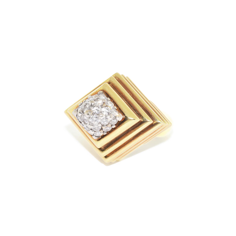 Yellow Gold and Diamond Pyramidal Ring, Serial FL38304