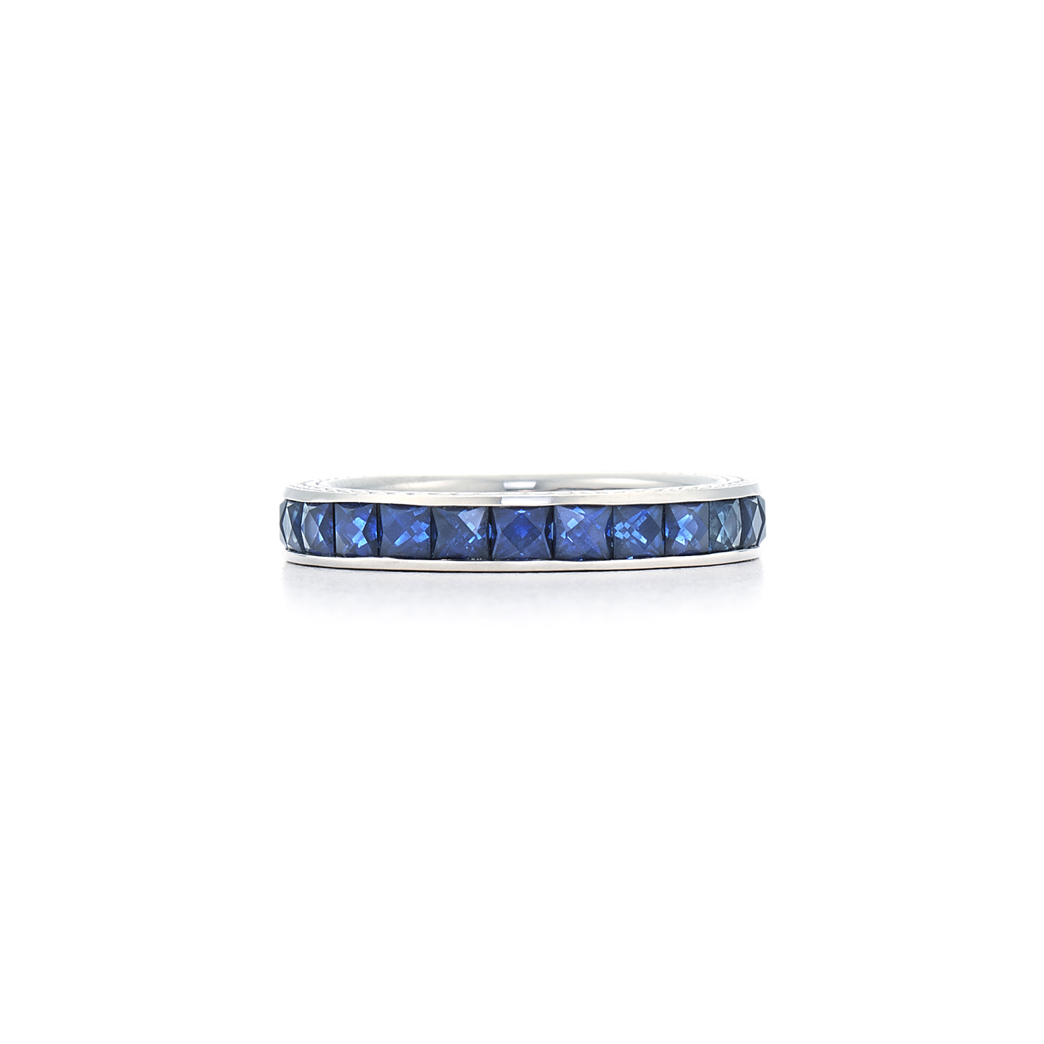 Signed Fred Leighton French Cut Sapphire Eternity Band Ring R-1011FL-0-SAP-18KW